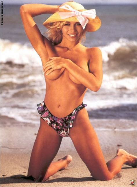 young pamela anderson naked jpg 500x686
